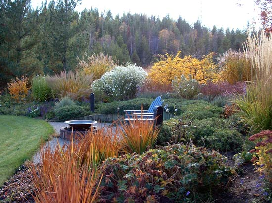 Garden Ideas Small Landscape Gardens Pictures Gallery: Picture Of A Fall Garden In Montana